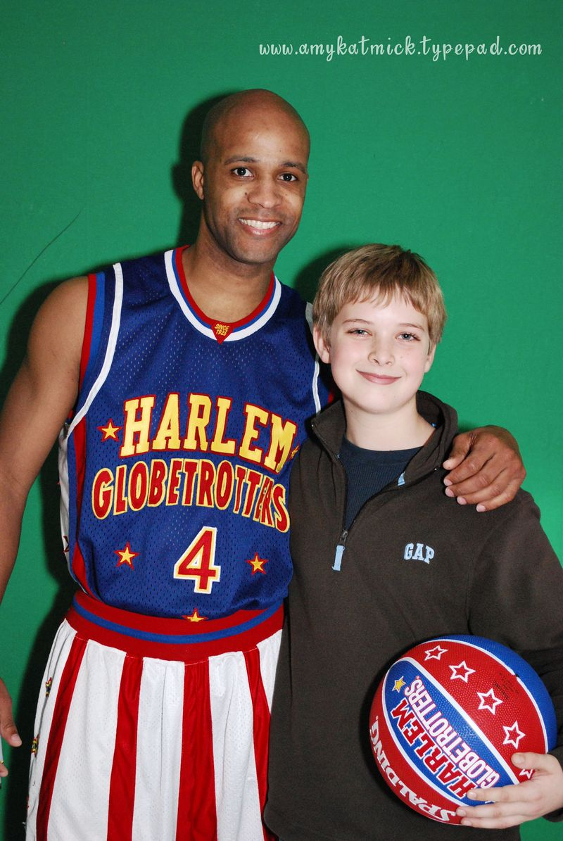 Globetrotters and BBball_0104web
